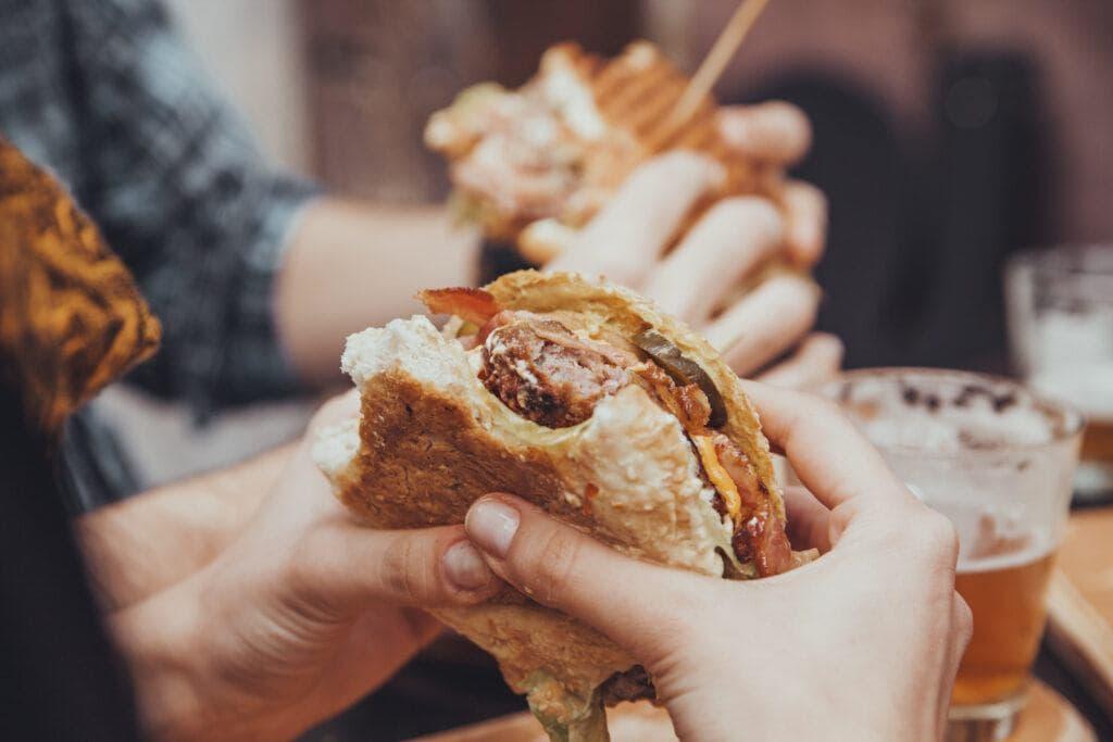 Community Spotlight (June Newsletter Edition) – Brent's Burgers