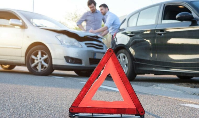 7 Things to do if you are in a Car Accident